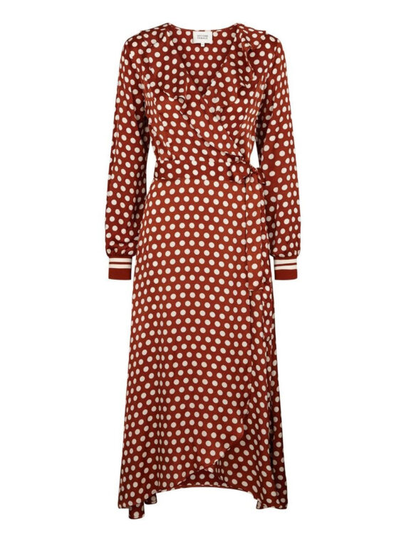 mequieres-spotty-wrap-dress