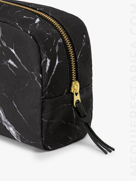 mequieres_black_marble_makeup_bag