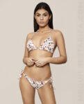 mequieres_flamenco_bikini_cortina_flores_blanco