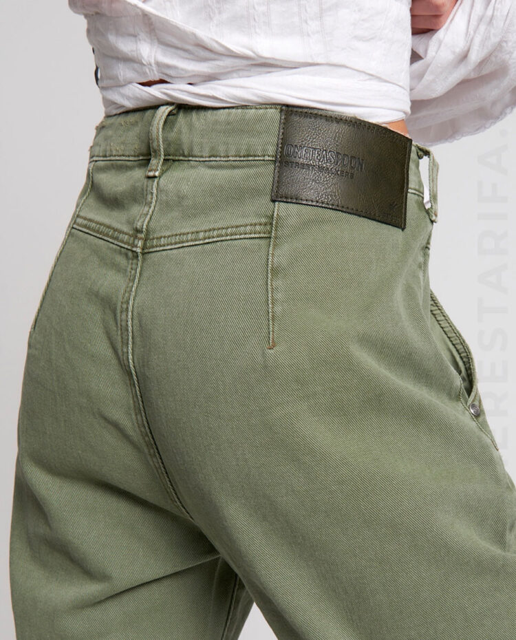 mequieres_super_khaki_streetwalkers_high_waist_80s_jean