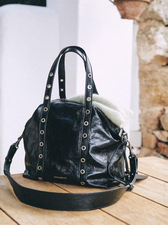 mequieres-small-zippy-bag-black-01