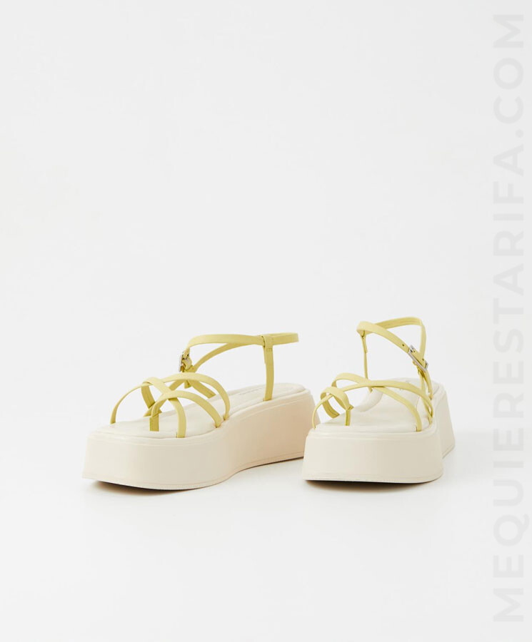 mequieres-courtney-sandals